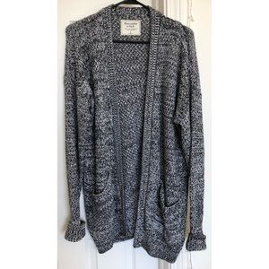 Amazing Abercrombie Salt&Pepper Long Cardigan